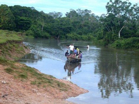 Yurimaguas canoa